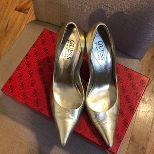 Gold Point Pumps